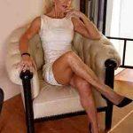 Rencontre femmes cougars blondes et sexy – Bretagne
